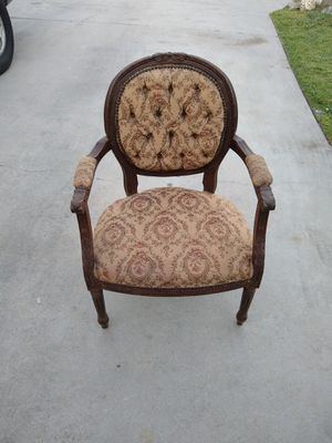 Antique wooden chair for Sale in South Gate, CA