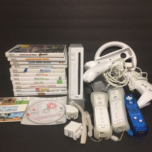 Wii Bundle with 13 Games, remotes and more for Sale in Lake Grove, OR