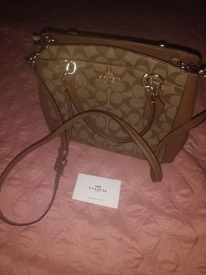 New authentic Coach purse for Sale in Franklin Park, IL
