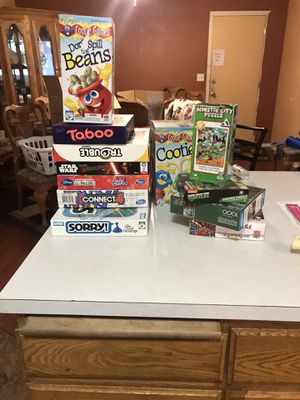 Game and puzzle lot for Sale in Roy, WA