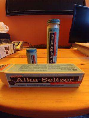 Antique Alka Seltzer bottles for Sale in Roseville, MI