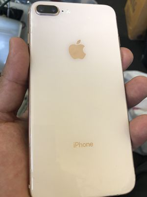iPhone 8 Plus 64 gig Gold-Pink Metro T-Mobile for Sale in Carson, CA