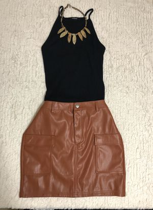 Falda y blusa for Sale in Houston, TX