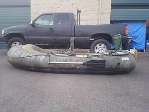 6 chamber 6 person inflatable dingy boat for Sale in Santa Maria, CA