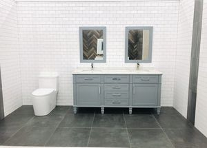 """72"""" Vanity with Mirror, Top and Backsplash for Sale in Orlando, FL"""