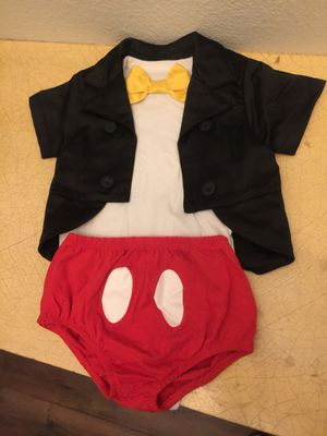 Mickey Mouse Outfit/Costume 12 months for Sale in Fontana, CA