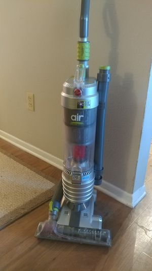 Hoover WindTunnel Air Bagless Lightweight Vacuum Cleaner for Sale in Austin, TX