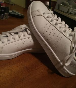 Adidas Neo Cloudfoam shoes size 8.5 women's for Sale in St. Louis, MO
