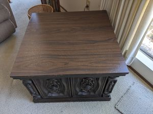 Antique Vintage End Table for Sale in San Diego, CA