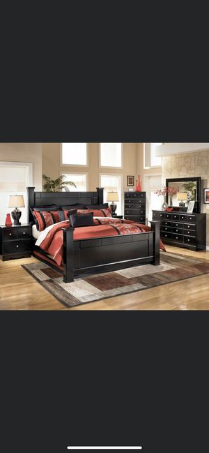 Bedroom set for Sale in Florissant, MO