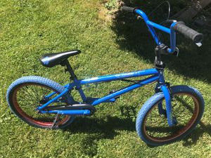 Nice Bicycle Mongoose Kids Bike Full Size for Sale in Eastpointe, MI