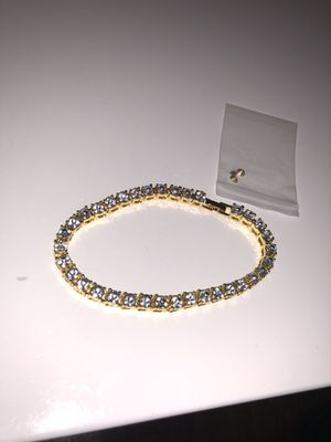 """Gold And Diamond Bracelet CV Stone Plated 8"""" Inches for Sale in New York, NY"""