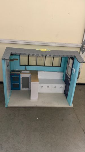 """Our Generation Seaside Beach House Dollhouse for 18"""" Doll Works w/ American Girl for Sale in Walnut, CA"""