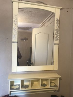💄 Floating Vanity - Mirror With Matching Shelve for Sale in Lemon Grove, CA