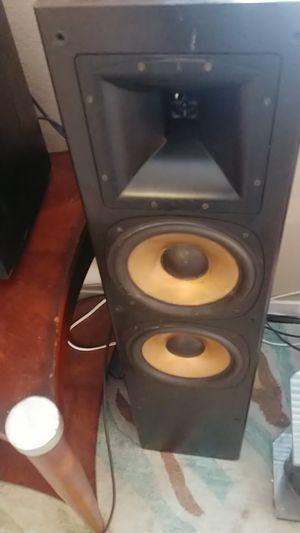 Klipsch rf3 Tower speakers for Sale in Las Vegas, NV