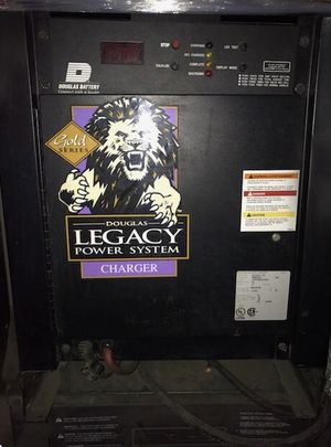 LEGACY BATTERY CHARGER for Sale in Pomona, CA