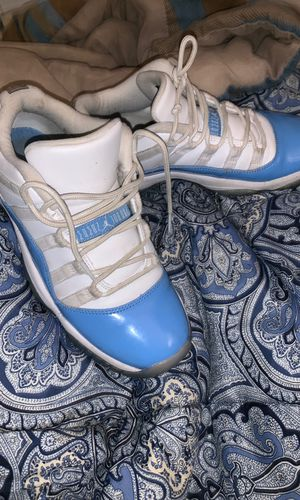Jordan 11s Low Top Aqua 6Y for Sale in Aurora, IL