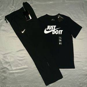 NIKE TEE & NIKE STORM FIT PANTS. MAKE A OFFER for Sale in Dallas, TX