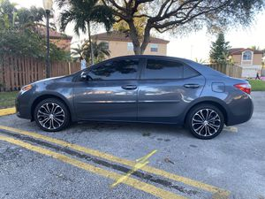 2015 TOYOTA COROLLA SPORT 53 millas Clean Inside-Out Cold A/C ALMOST LIKE NEW MOST SEE IT for Sale in Tamarac, FL