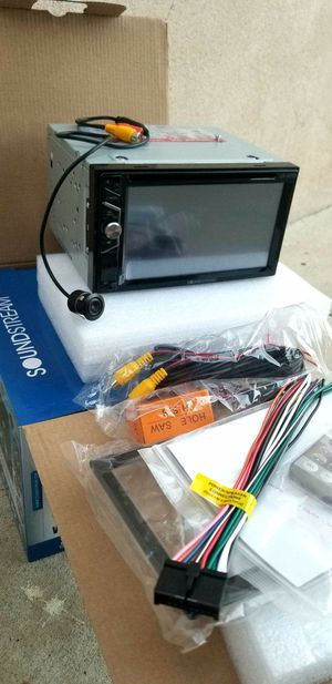 (((I DON'T INSTALL)) NEW SOUNDSTREAM DOUBLE DIN WITH BACK UP CAMERA AND BLUETOOTH for Sale in Montebello, CA