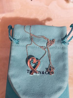 Tiffany & Co Paloma Piccaso Heart Pendant 18inch chain and Matching Earrings come with pouch and box for Sale in Queens, NY