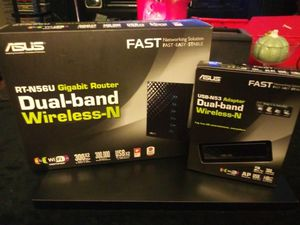 ASUS DUAL BAND ROUTER WITH ADAPTER . for Sale in Lakeland, FL