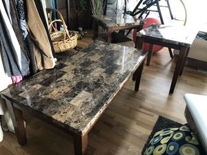 Coffee table and two end table for Sale in Olympia, WA