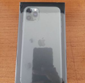 Brand new iphone 11 pro max for Sale in Shickley, NE