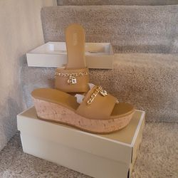 Michael kors Size 6.5 for Sale in Tolleson,  AZ