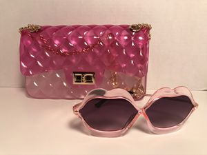 *New Pink& Clear Jelly Handbag/ Free Pair of Fashion Sunglasses * for Sale in St. Louis, MO