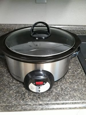 STAINLESS STEEL CROCK POT $25 for Sale in Fort Worth, TX