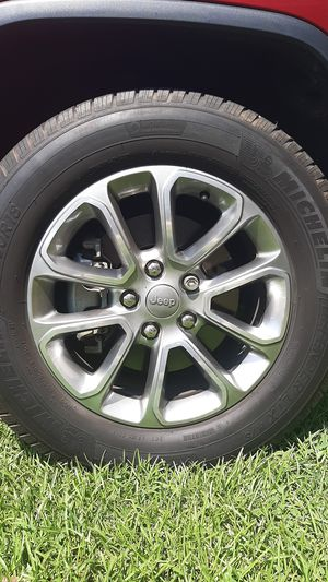 Jeep Grand Cherokee rims and tires for Sale in Landrum, SC
