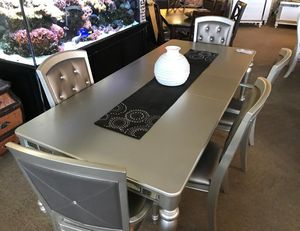 👉 $39 down payment 🍵 - 🧁 Orsina Silver Mirrored Extendable Dining Set 🎂 for Sale in Laurel, MD