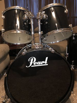 Pearl drum set all pieces shown included! for Sale in Houston, TX