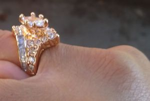 Blood gold/ice cut Moissanite for Sale in Oakland, CA