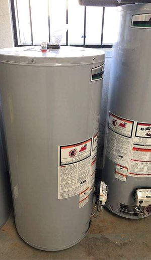 Water heaters 40 gallon 3HXG for Sale in Fort Worth, TX