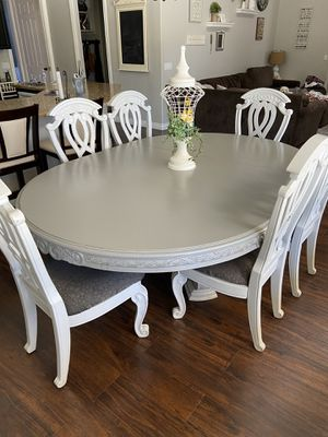 Gray oval kitchen table for Sale in Queen Creek, AZ