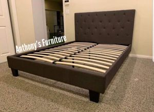 Queen bed frame for Sale in South Gate, CA