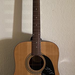 Vanzant Autographed Guitar for Sale in Port St. Lucie, FL