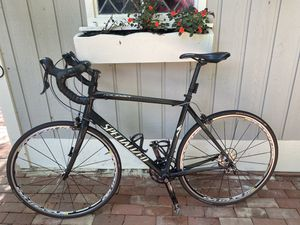 Specialized roubaix road bike for Sale in Cleveland, OH
