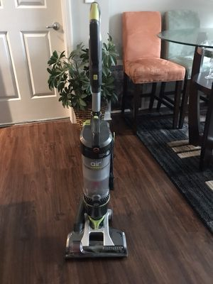 Hoover Wind-tunnel 3 high vacuum for Sale in Atlanta, GA