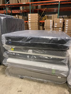 MATTRESS KING GOOD BRANDS for Sale in Dallas, TX