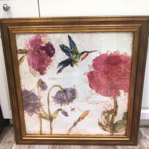 Gorgeous hummingbird picture 29 x 29 for Sale in New Port Richey, FL