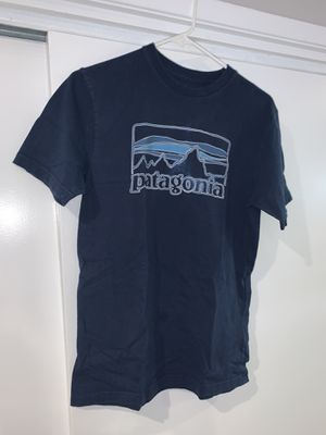 Patagonia size xs t shirt for Sale in South Gate, CA