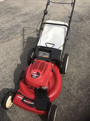 Toro self propelled lawn mower. Works very well. New bag. Excellent shape for Sale in White Lake charter Township, MI