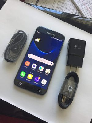 """Samsung Galaxy S7 32GB ,,Factory UNLOCKED Excellent CONDITION """"aS liKE nEW"""" for Sale in Springfield, VA"""