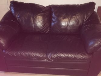 Black Leather Loveseat for Sale in Solon,  OH