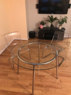 Dining table chairs set for Sale in Alexandria, VA