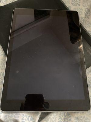 Apple iPad Air 2 16GB, Wi-Fi, 9.7 Space Gray Logitech Bluetooth Keyboard Bundle for Sale in La Mesa, CA