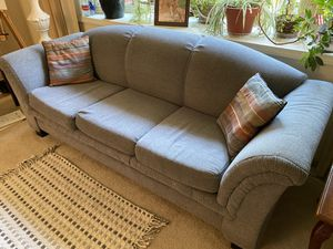 Sofa Blue/grey for Sale in Columbus, OH